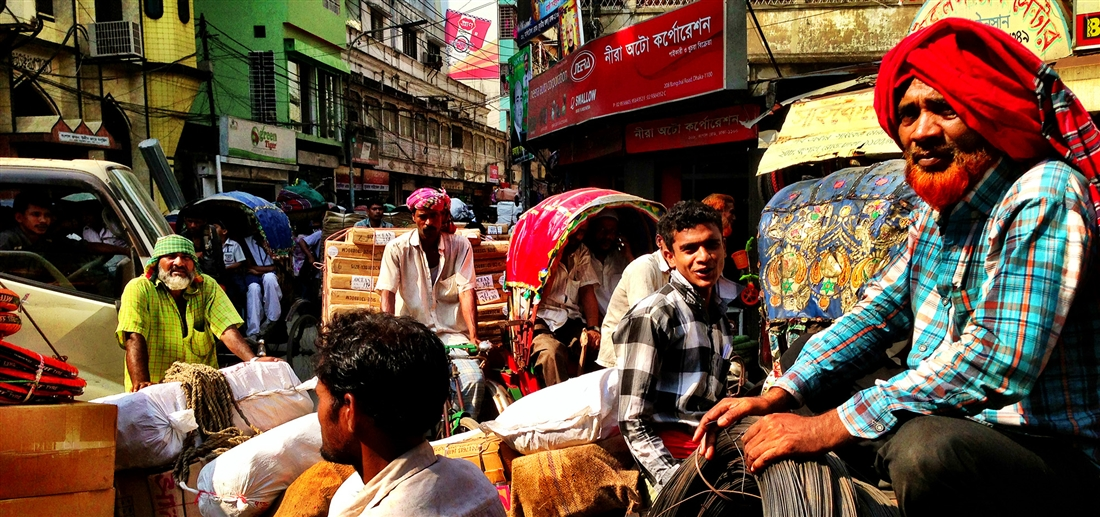 Bangladesh, chaos and colors